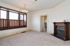 Corona-living-room